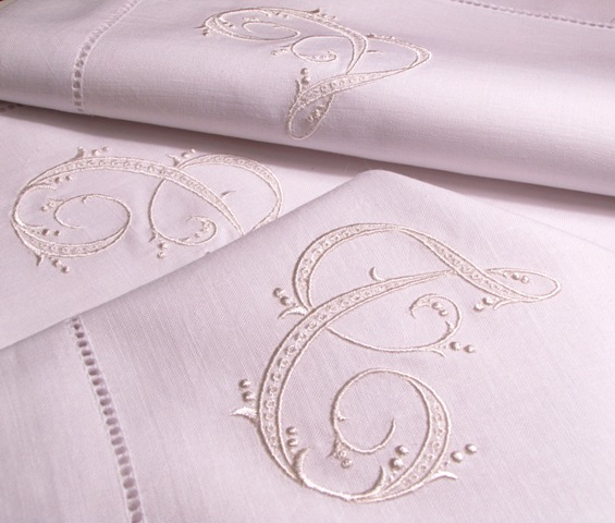 Gigi Monogrammed Napkins Letter T · Signature Paulina Monogrammed Table  Linens