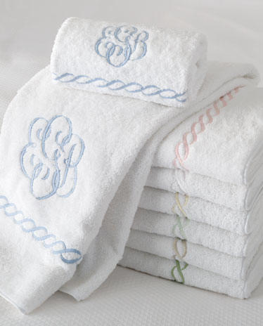 Bathroom Towels on Embroidered Chain Bath Towels Monogram Bath Towels